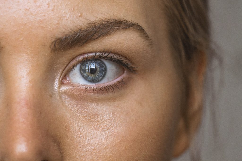 Hyaluronic Acid for eye discomfort
