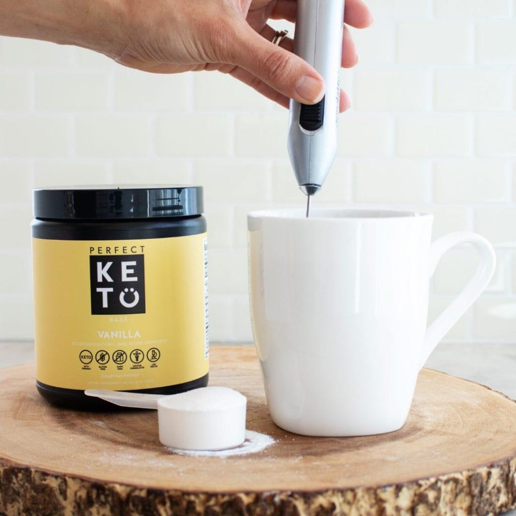 Perfect Keto Collagen vanilla in a cup