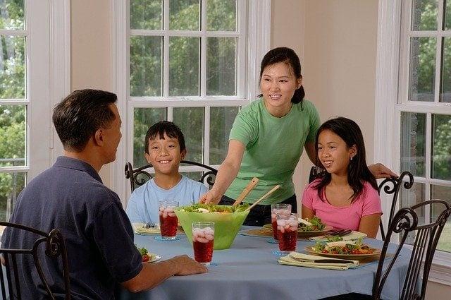 Holobioticsfor family