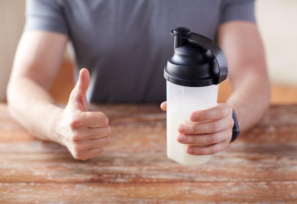 Creatine vs Protein Supplement Shake